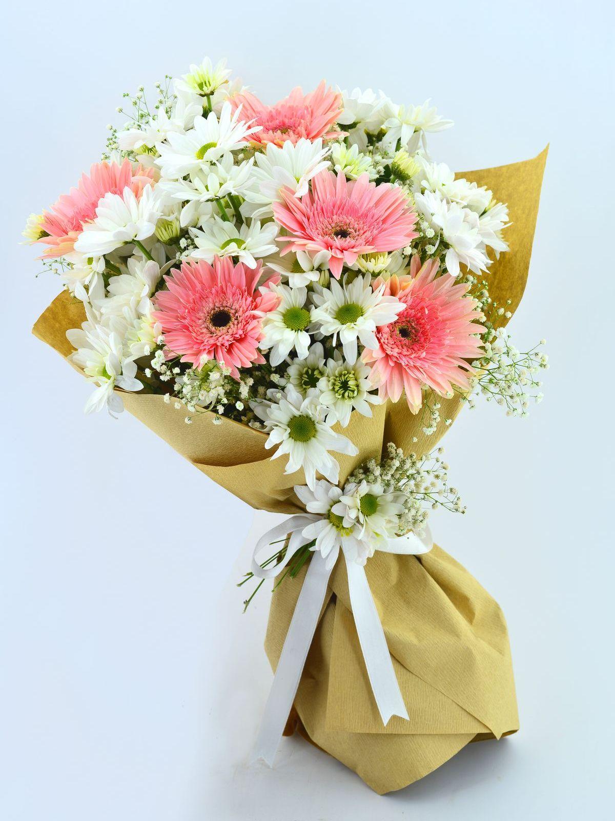 Zarif Kır Buketi  çiçek gönder