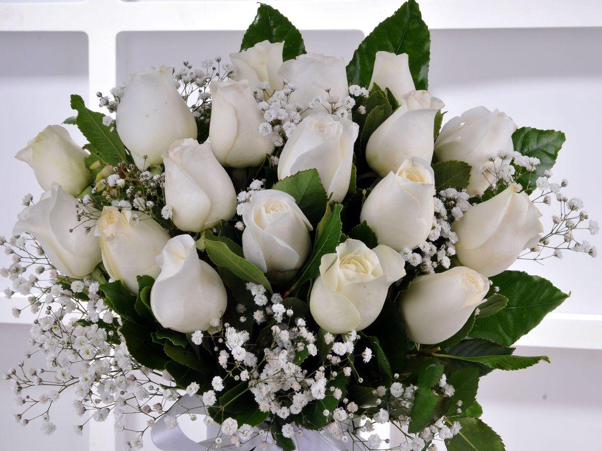 Yakamoz 19 Beyaz Gül Çiçek Arajmanı Aranjmanlar çiçek gönder
