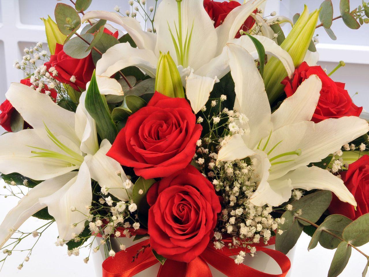 Bu Çiçekte Aşk Var Aranjmanlar çiçek gönder