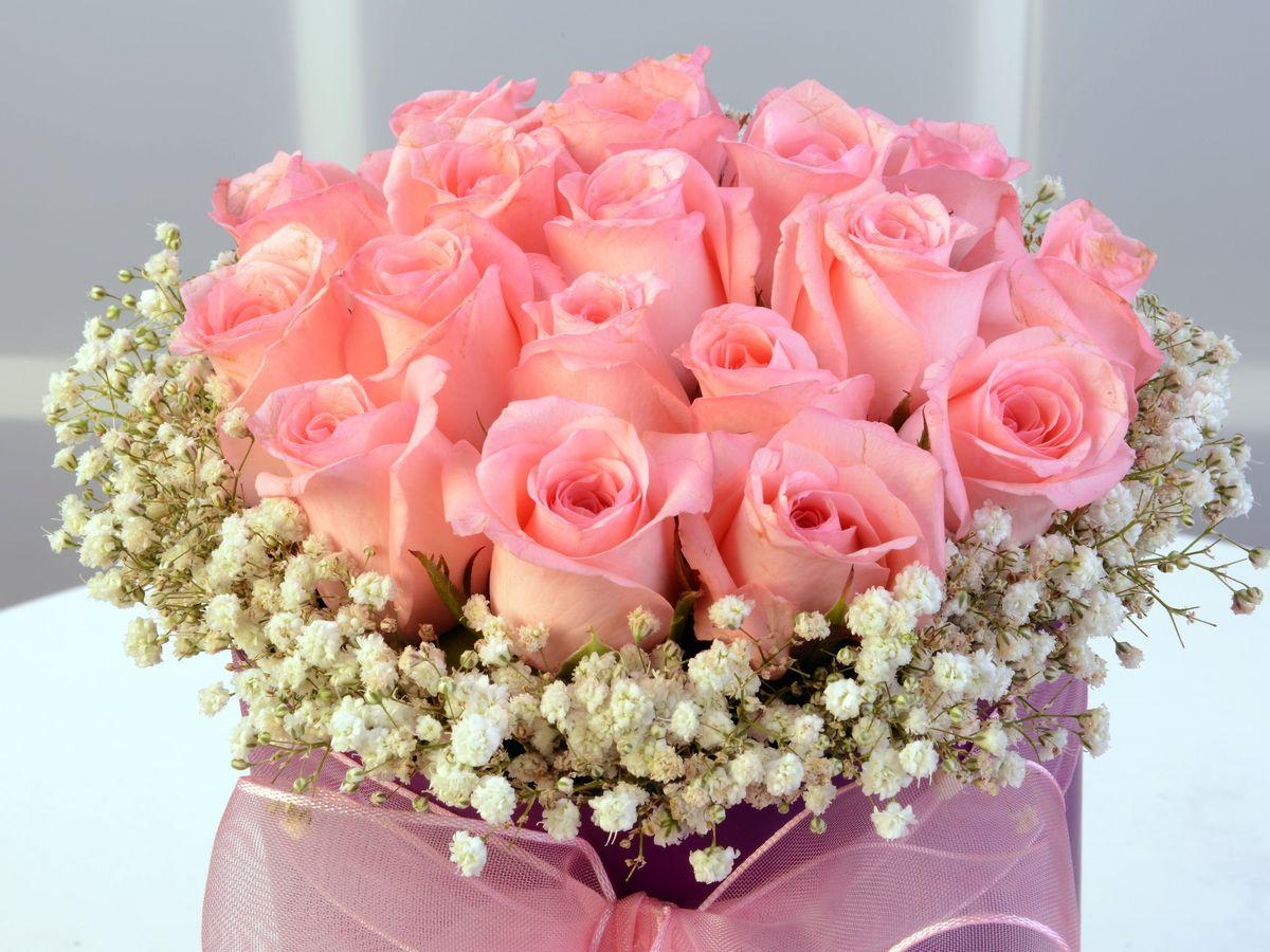 Silindir Kutuda Pembe Gül Aranjmanı Kutuda Çiçek çiçek gönder