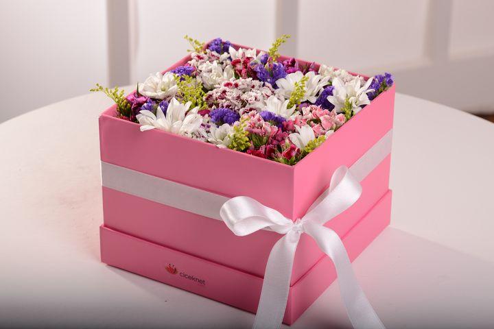 Bahar Kutusu Kutuda Çiçek çiçek gönder